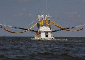 BP заявляет о прогрессе в ликвидации утечки нефти. Новая заглушка будет готова к ближайшей среде