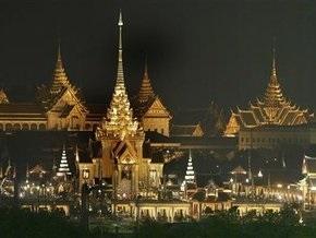 Гоночная машина налетела на зрителей в Таиланде: девять человек погибли на месте