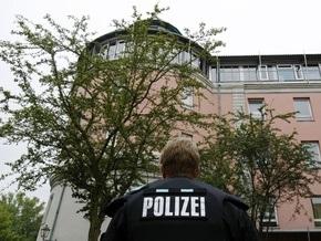 Немецкая прокуратура выяснила мотивы нападения 18-летнего юноши на гимназию