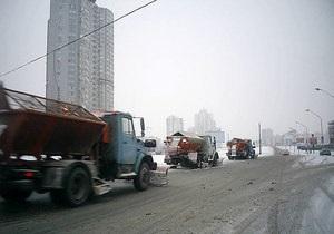 В выходные Киевавтодор будет убирать столичные улицы от снега