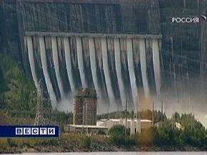 На месте аварии ГЭС в России спасли еще одного человека. Около 70 числятся пропавшими без вести