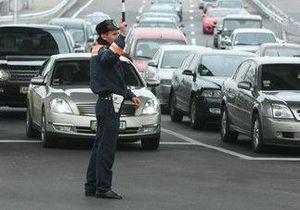 В первый же день работы на Гаванском мосту в Киеве образовались пробки