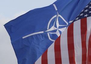 Совет НАТО решил прекратить операцию в Ливии