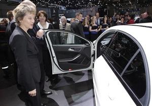 В Швейцарии открылся Женевский автосалон 2013 года