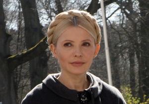 Тимошенко: Янукович напоминает позднего Брежнева