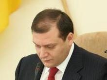 Добкин судится за право допуска к секретной информации