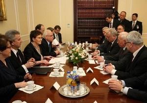 Глава польского сейма выразила Азарову свою обеспокоенность состоянием здоровья Тимошенко
