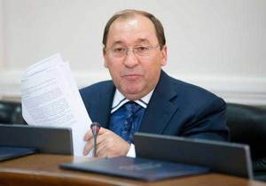 Суд над пенсионеркой за призыв не голосовать за ПР сфальсифицирован по заказу БЮТ - глава ВСЮ