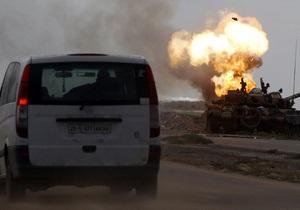 Би-би-си: Жертвами авиаудара коалици по войскам Каддафи стали семеро мирных жителей