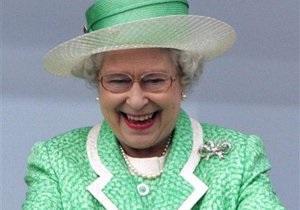 Британской королеве нужна новая горничная - елизавета вторая