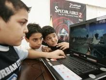 Ученые: Девочки в компьютерах разбираются лучше мальчиков