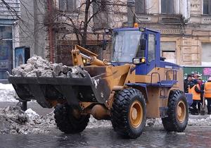 В Киеве женщина погибла в результате наезда снегоуборочной техники