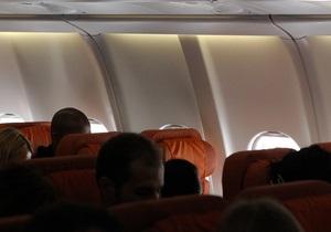 Twitter от имени кресла Сноудена в самолете Москва-Гавана собрал тысячи подписчиков