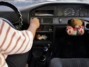 Американец угнал машину своего сына и украл деньги из копилки внука