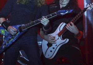 Швед получил пособие по инвалидности за пристрастие к тяжелой рок-музыке