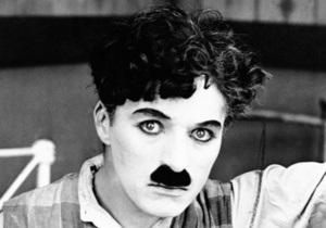 Британские и американские спецслужбы подозревали Чарли Чаплина в сочувствии коммунистам