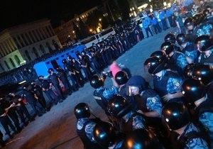 Фотогалерея: Унесенные Беркутом. Милиция разогнала акцию протеста на Майдане