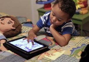 38% детей в возрасте до двух лет пользуются планшетом или смартфоном - исследование