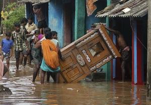 В результате наводнения в Индии погибли 50 человек, более миллиона пострадали