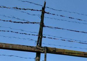 новости Луганской области - граница - колючая проволока - пограничники - Донбасский участок украинско-российской границы начали защищать колючей проволокой