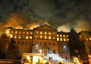 Новости Киева - пожар - Аграрный университет - причина - Причиной пожара в Аграрном университете могла стать стружка, оставленная после шлифовки пола