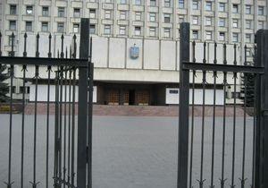 выборы - ЦИК - окружком - Четыре из пяти окружкомов на довыборах возглавили представители малоизвестных партий - Ъ