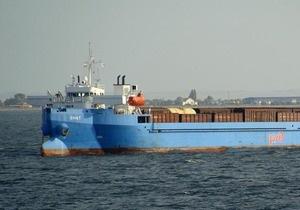 Паром с украино-российским экипажем сняли с мели возле грузинского порта Поти