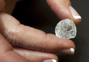 В Якутии нашли сразу три уникальных алмаза