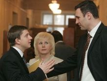 Довгий: Турчинова на выборы толкают, а Кличко должен от них отказаться