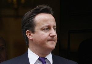 Трое британских министров после увольнения заплакали на глазах у премьера