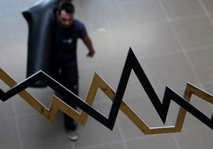 Украинские рынки открылись агрессивными распродажами