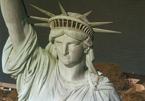 Из-за урагана Сэнди закрыли Статую Свободы