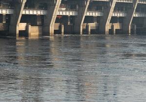Госагентство водных ресурсов: Дамбе Кременчугского водохранилища ничто не угрожает