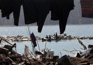 Власти Чили снизили число жертв землетрясения почти втрое