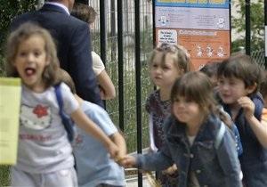 Преподаватели испанской школы попросили родителей разрешить физические наказания