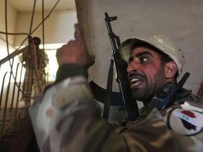 Иракский солдат за надругательство над исламом начал стрелять в американцев