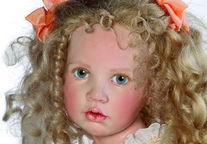 В Киеве открылся Международный салон авторской куклы
