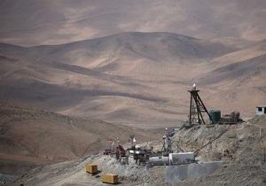 В Чили двое шахтеров оказались заблокированными под землей