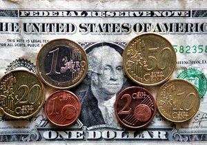 Доллар на межбанке вплотную приблизился к отметке в восемь гривен
