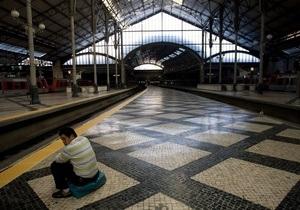 В Португалии бастуют 20 тысяч работников транспортной отрасли