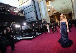Актриса Хелен Хант объяснила, почему надела на церемонию Оскар платье от H&M