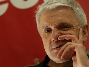 Литвин рассказал анекдот о водке и сигаретах