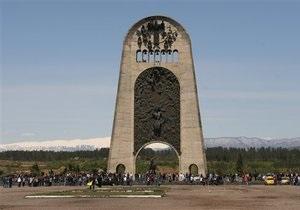 Путин открыл в Москве аналог памятника, взорванного в Кутаиси
