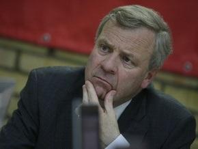Схеффер призвал Украину найти деньги для реформирования армии