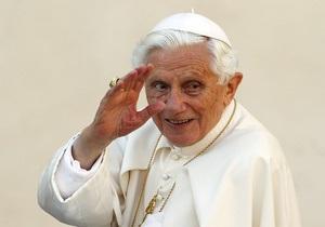 Папа Римский: Первая после объявления об отречении аудиенция собрала рекордное количество верующих