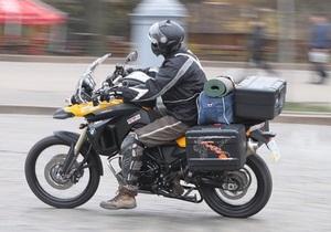 Украинец отправился в Австралию на мотоцикле, взяв с собой перец