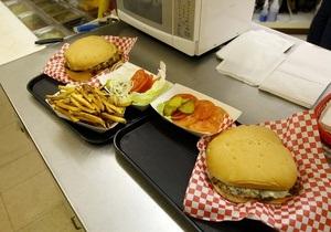 Еда в британских больницах оказалась намного вреднее, чем фаст-фуд