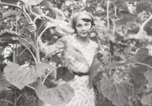 Корреспондент: Пуля в рифму. Судьба поэтессы Елены Телиги – архив