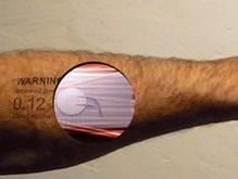 Создан дисплей-тату, работающий на крови