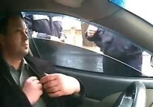 Гаишника из Харцызска, угрожавшего водителю расправой, приговорили к трем годам колонии